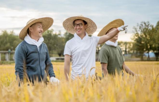 Châu Kiệt ủng hộ 10 tấn gạo để tưởng nhớ bác sĩ Lý Văn Lượng-2
