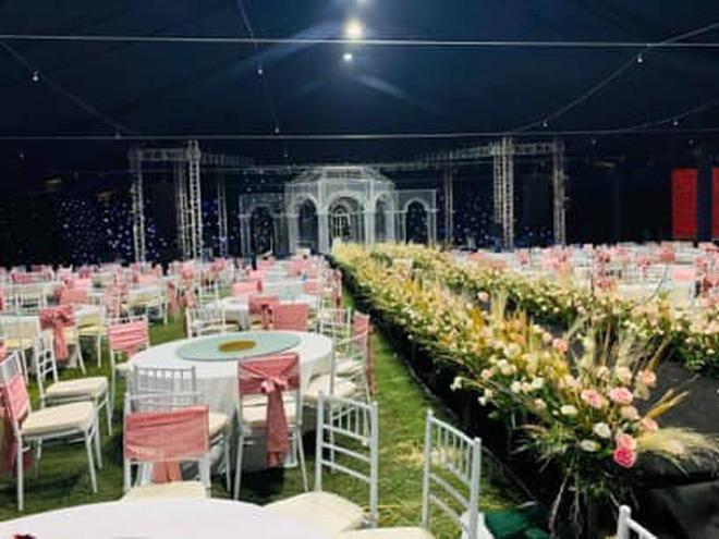 Chị gái Đỗ Duy Mạnh khoe ảnh rạp cưới ở nhà trai, mới được 80% mà lộng lẫy như cung điện rồi-7