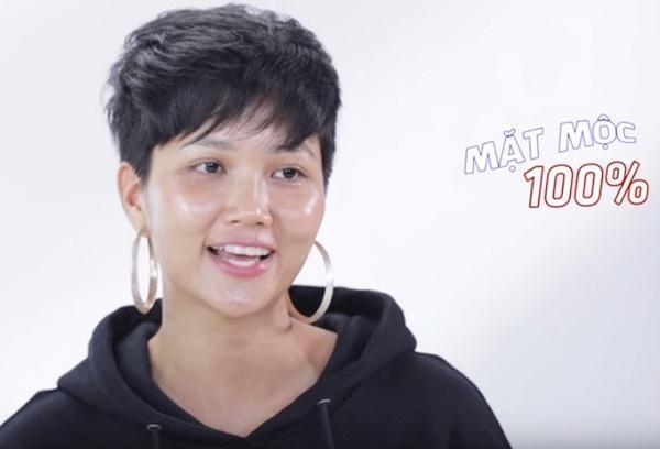 4 hoa hậu Việt chăm khoe mặt mộc bất chấp khen chê-4
