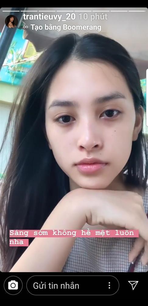 4 hoa hậu Việt chăm khoe mặt mộc bất chấp khen chê-15