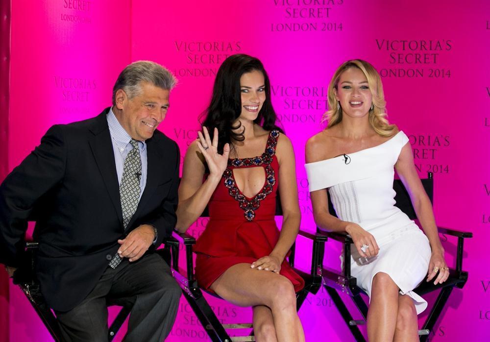 Giám đốc Victorias Secret bị tố quấy rối tình dục mẫu nội y là ai?-3