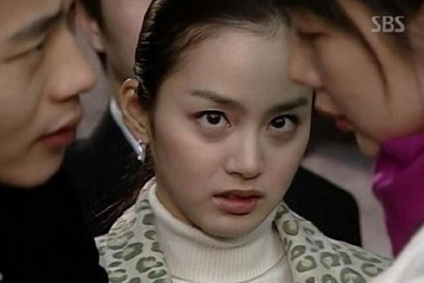 Thành danh với vai ác nữ khi còn trẻ, không ngờ 20 năm qua mỹ nhân này vẫn bị chê diễn dở-3