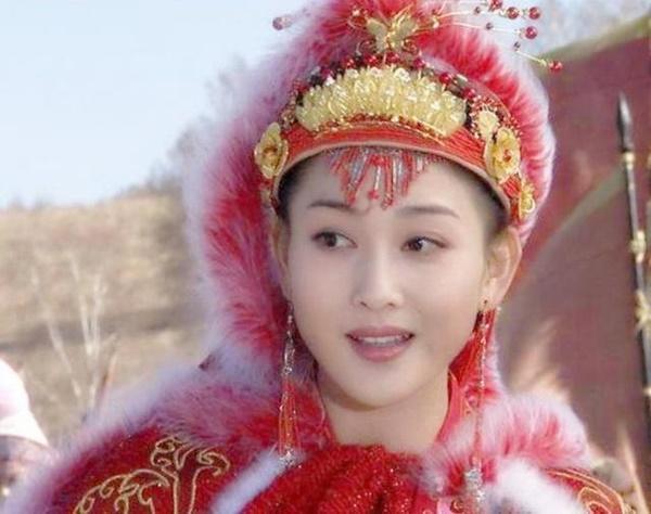 Ai đẹp nhất trong Tứ đại mỹ nhân cổ trang màn ảnh Hoa ngữ?-3