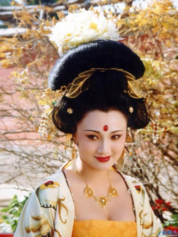 Ai đẹp nhất trong Tứ đại mỹ nhân cổ trang màn ảnh Hoa ngữ?-5