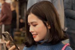 Bạn gái Quang Hải bị chê có nụ cười xấu