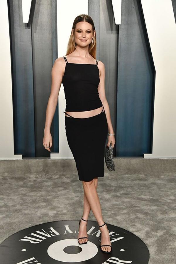 Dàn mỹ nhân lộ ngực phản cảm, mặc quần đùi tại bữa tiệc hậu Oscar-2