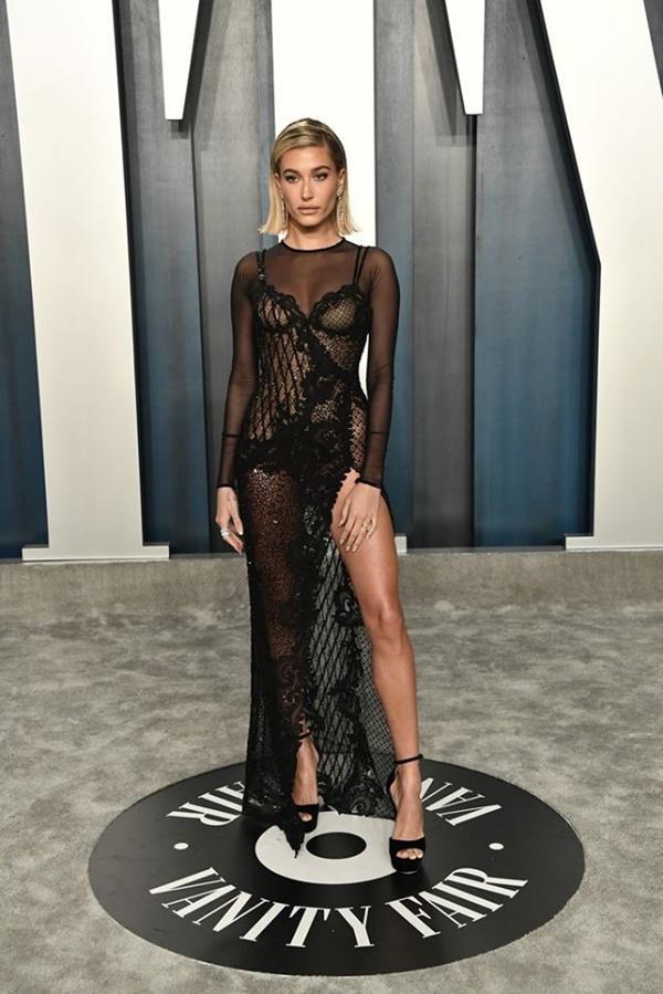 Dàn mỹ nhân lộ ngực phản cảm, mặc quần đùi tại bữa tiệc hậu Oscar-5