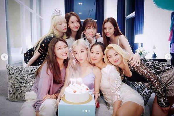 4 nhóm nhạc nữ hiếm hoi có độ nổi tiếng đồng đều giữa các thành viên theo ý kiến của cư dân mạng Hàn Quốc-1