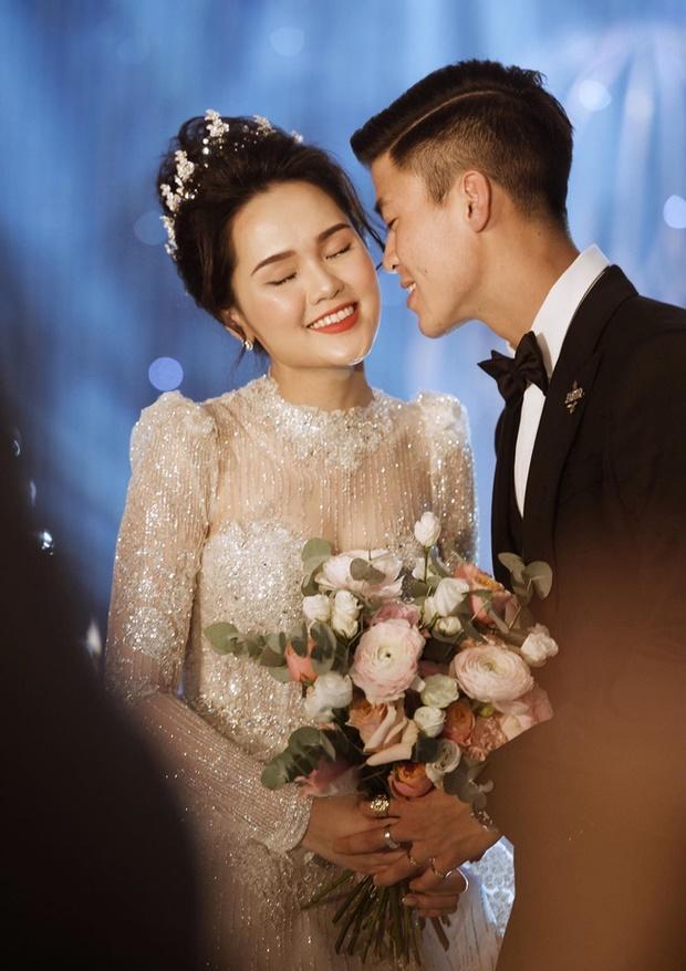 Toàn cảnh tiệc cưới siêu to khổng lồ đẹp như MV nhạc của Duy Mạnh - Quỳnh Anh-7