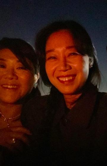 Hoa hậu Hàn bị chỉ trích hám fame khi đăng ảnh chúc mừng đoàn phim Ký Sinh Trùng tại Oscar-5