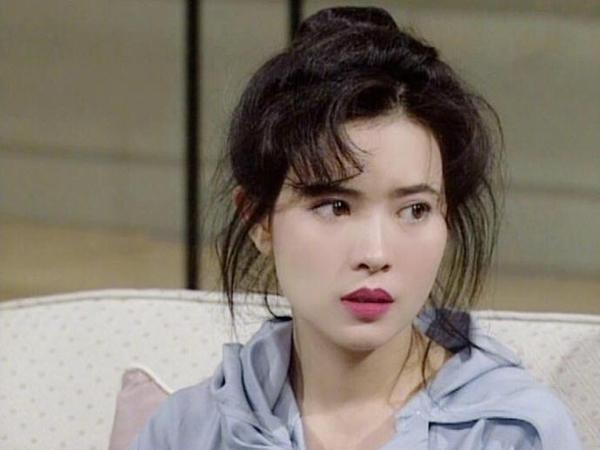 Bộ phim ám ảnh nhất của TVB: nữ chính bị tâm thần, chứng khoán sụt giảm khi chiếu-4