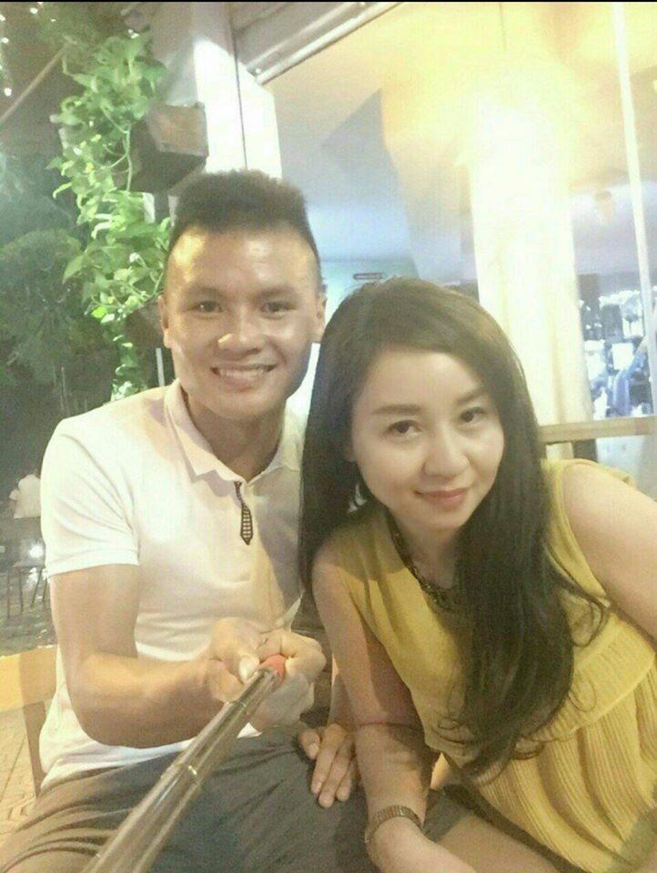 Mẹ nuôi ngầm xác nhận quan hệ Quang Hải và cô chủ tiệm nail, không tội nghiệp gì Nhật Lê-4