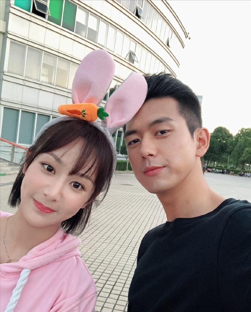 Dương Tử - Lý Hiện đã đăng ký kết hôn và tổ chức đám cưới vào tháng 6?-2