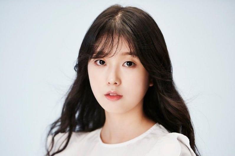 Nữ diễn viên đóng MV của BTS qua đời ở tuổi 25-1