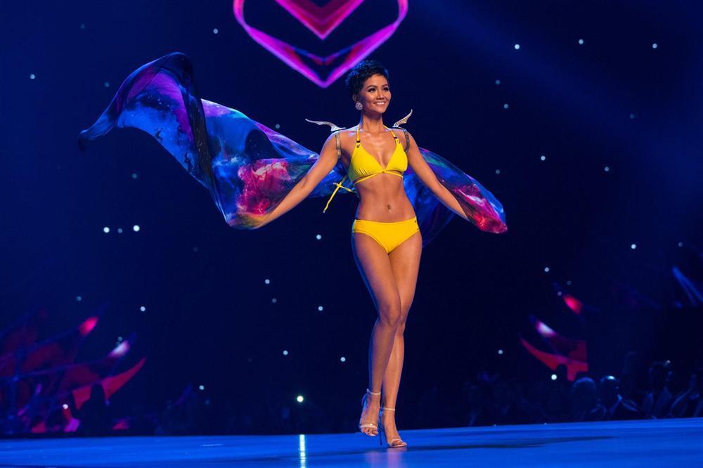 HHen Niê công khai clip tăng kích cỡ vòng 3, Angela Phương Trinh chắc sẽ ngỡ ngàng khi nghe con số-4