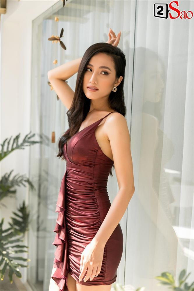 Hoa hậu Chuyển giới Bùi Đình Hoài Sa: Tôi tự tin chấm nhan sắc của mình 10/10-5