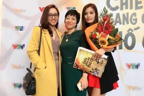 Quý Bình - Lê Phương - Trung Kiên và chuyện tình cũ thân tình mới khó tin trong showbiz Việt-8