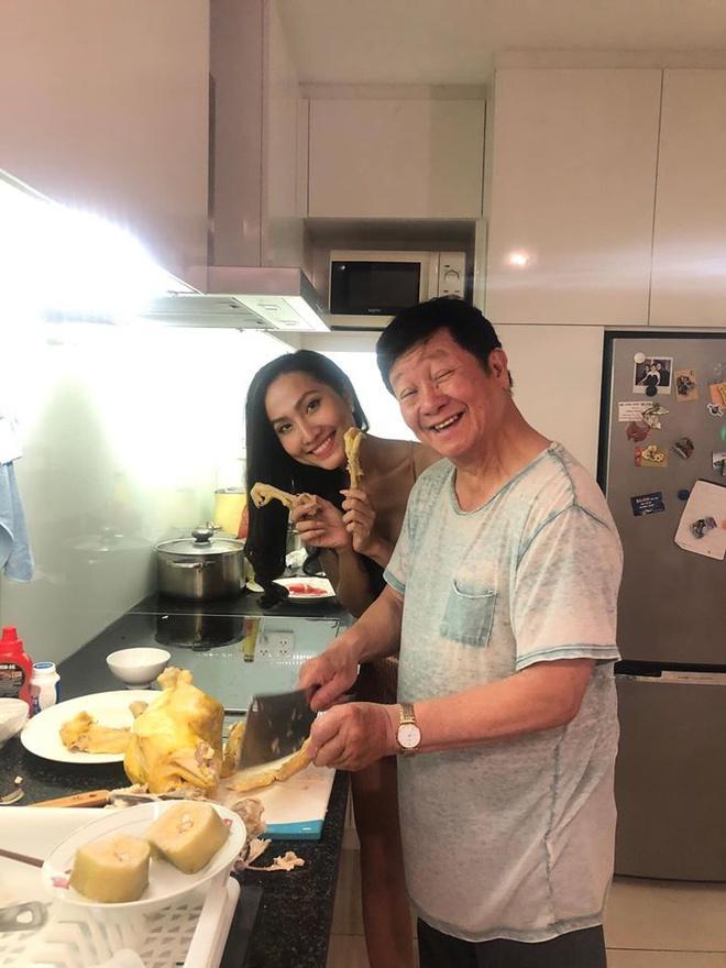 Trọng Hiếu tình tứ chăm sóc Hoa hậu Chuyển giới Hoài Sa, nghi công khai tình yêu đúng Valentine-8