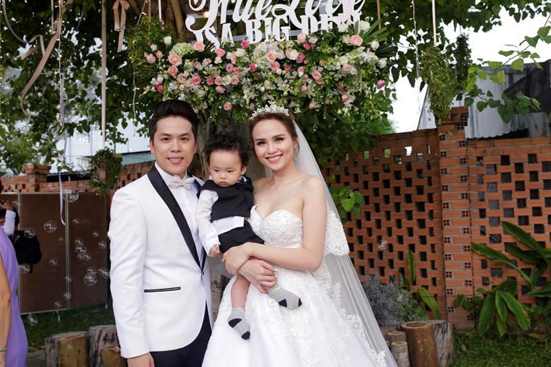 Hoa hậu Diễm Hương có bạn trai mới sau tin đồn ly hôn người chồng thứ hai?-3