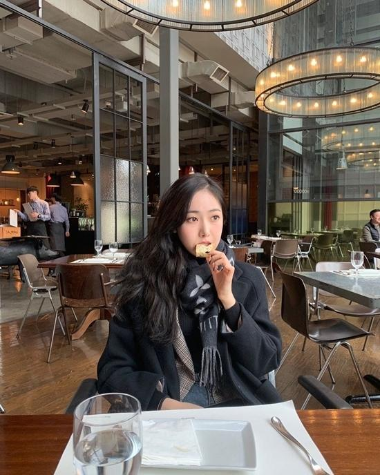 Hình mẫu người yêu được fan Kpop thích nhất mùa Valentine-6