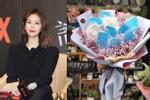 Sao Hoa ngữ đón Valentine: Lâm Tâm Như, Chung Lệ Đề được tặng hoa 'khẩu trang' giữa mùa dịch corona
