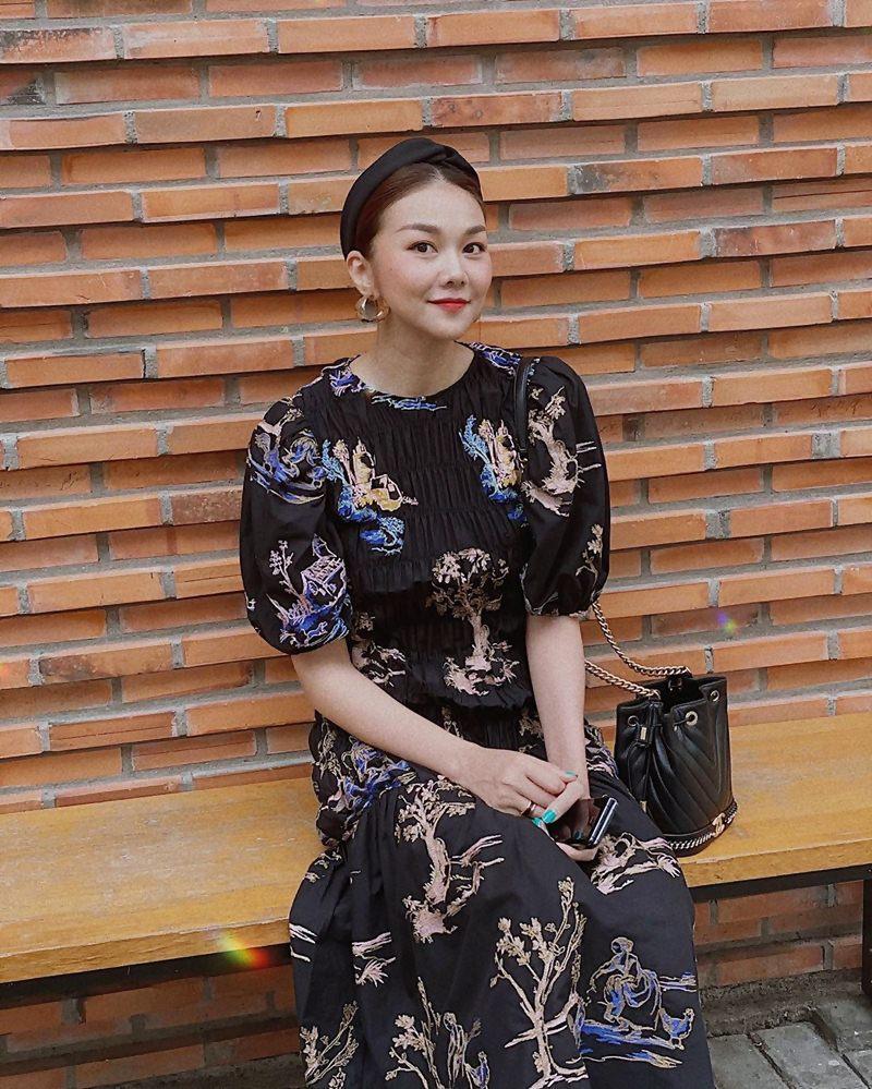 Street style: Hari Won, Trấn Thành lên đồ đồng điệu Valentine - Thanh Hằng nữ tính bất ngờ-9