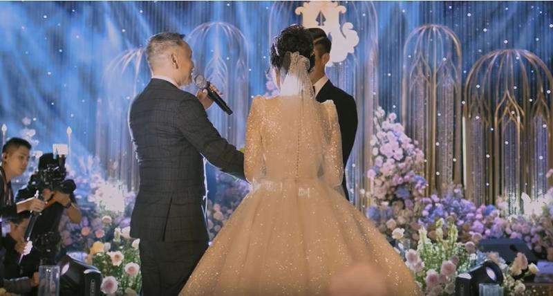 Khoảnh khắc bố vợ Duy Mạnh khóc trong ngày cưới con gái hóa ra là vì Hơn Cả Yêu của Đức Phúc-1