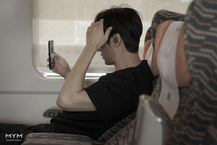 Ảnh Valentine chuẩn mỹ nam, Lee Min Ho khiến dân tình mất máu: Sống mũi thẳng hơn giới tính của tôi!-3