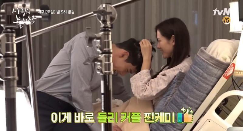 Hé lộ hậu trường tình tứ cặp đôi Hyun Bin - Son Ye Jin trong Hạ cánh nơi anh-8