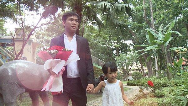 Trai trẻ quyết bay từ nước ngoài về cưới mẹ đơn thân Huế vì nghe tiếng lạ qua điện thoại-6