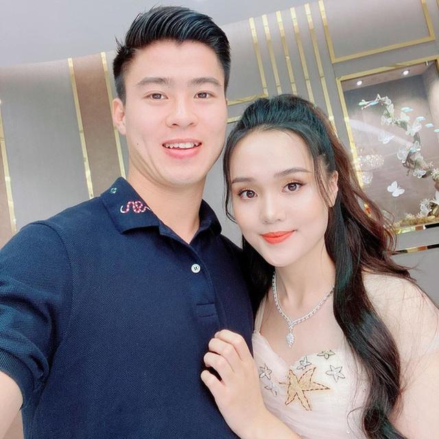 Sau một tuần làm vợ Duy Mạnh, Quỳnh Anh khiến ai cũng hết hồn với ngoại hình như bà thím-5