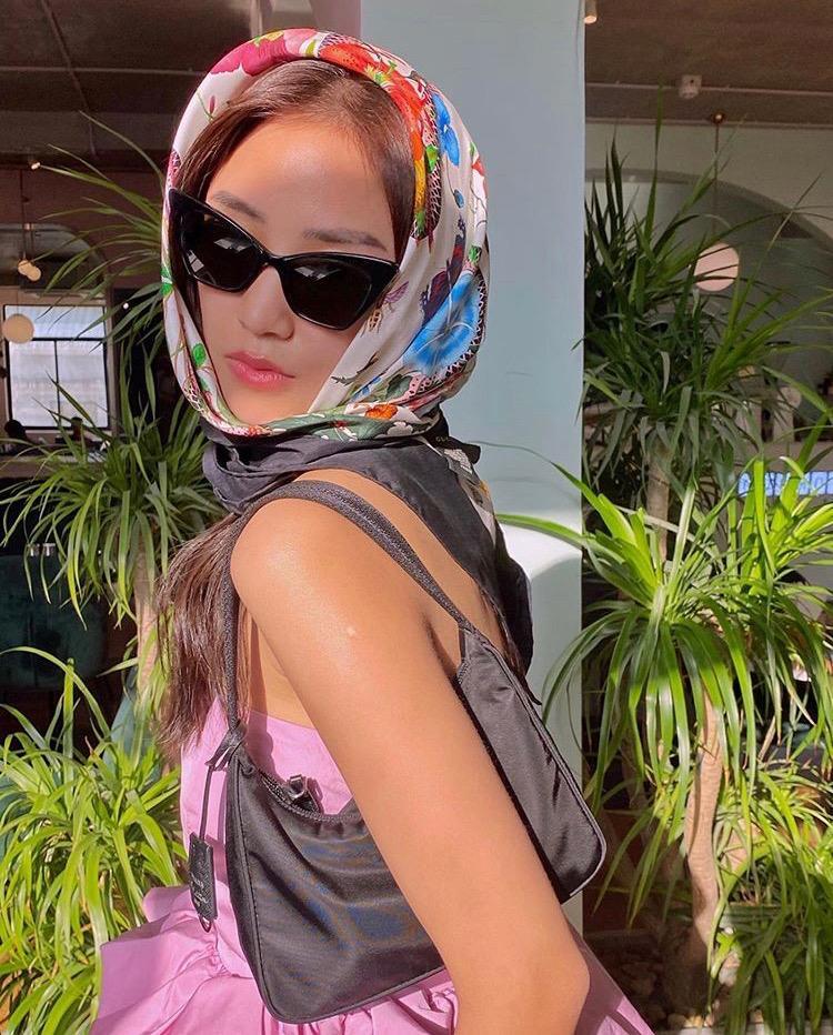 Thời trang khăn trùm đầu: Tăng Thanh Hà bị ví với cướp biển, Salim như bà già bắt gián điệp-7