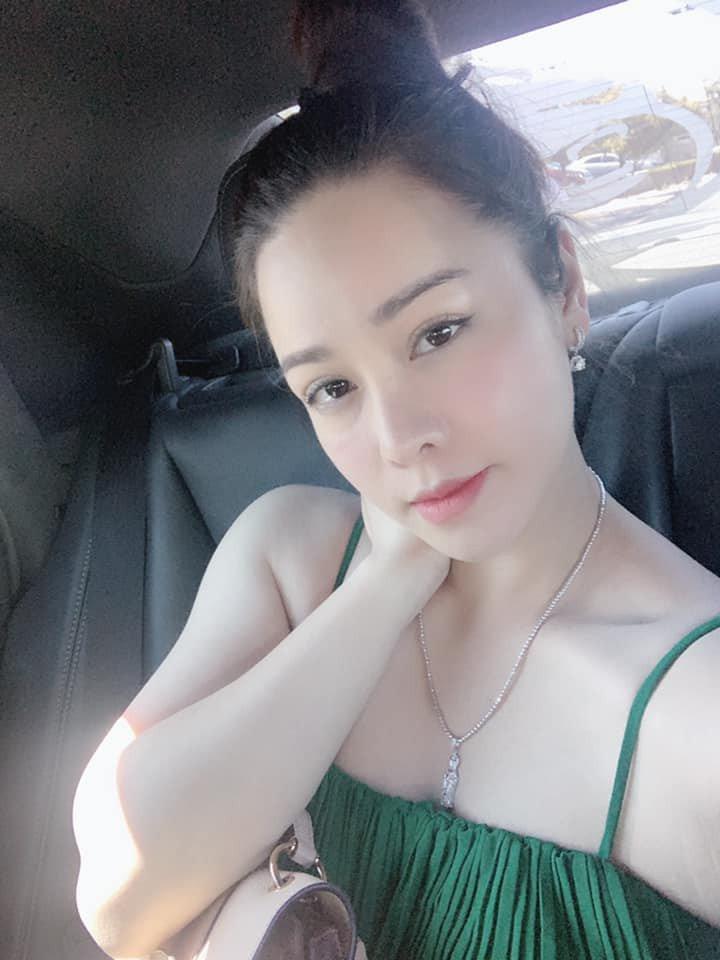 Tiều tụy vì nhập viện cấp cứu, Nhật Kim Anh vẫn gây sốt bởi mặt mộc đẹp không tì vết-4