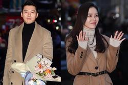 Hyun Bin và Son Ye Jin diện đồ đôi trong tiệc mừng công 'Hạ cánh nơi anh'