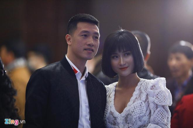 Bạn gái Quang Hải, Văn Lâm đều từng gặp thị phi khi hẹn hò cầu thủ-3