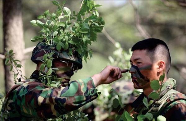 Hyun Bin - anh lính Triều Tiên quyến rũ làm khuynh đảo màn ảnh-3