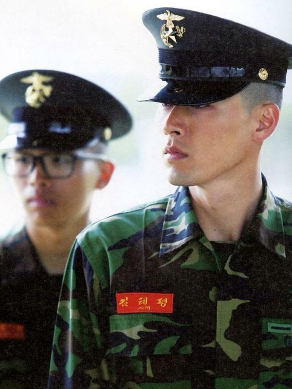 Hyun Bin - anh lính Triều Tiên quyến rũ làm khuynh đảo màn ảnh-4