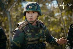 Hyun Bin - anh lính Triều Tiên quyến rũ làm khuynh đảo màn ảnh
