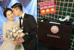 Tâm lý như Duy Mạnh: Bận việc nên chi tiền khủng cho vợ đi sắm đồ hiệu giải buồn