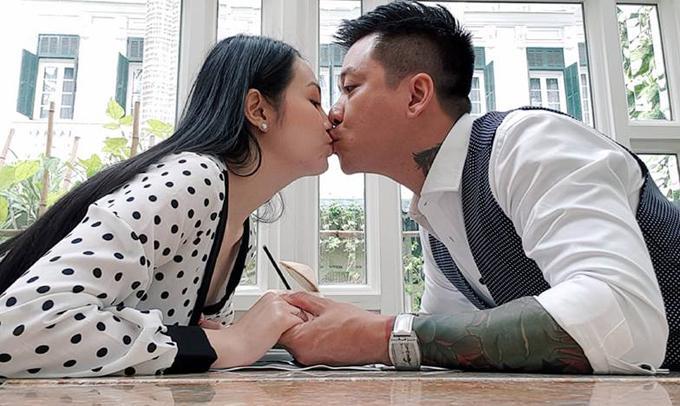 Lời yêu thương Tuấn Hưng gửi vợ ngày Valentine: Tuổi 40 mà nồng nàn như mới yêu-2