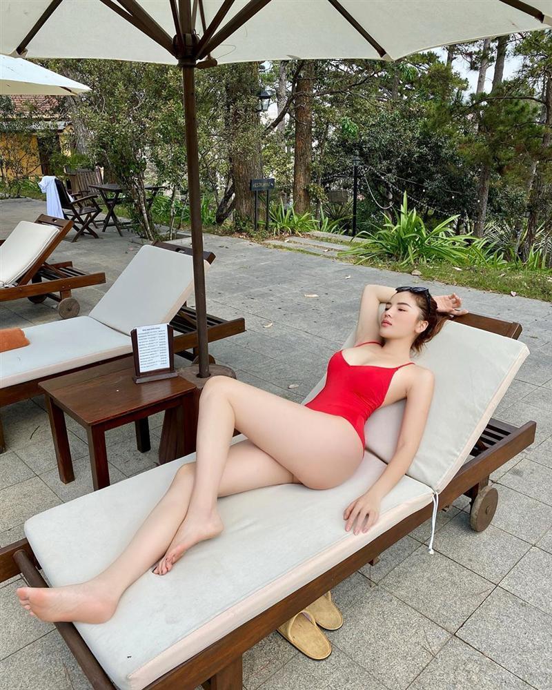 Kỳ Duyên - Minh Triệu diện áo tắm đôi khoe body đẹp như tạc-1