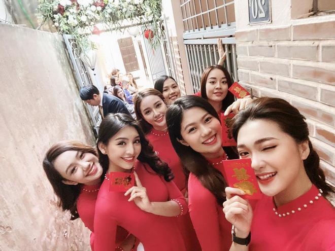 Thủ môn Văn Biểu khoe người yêu xinh miễn bàn, còn từng lọt vào chung kết Miss World Vietnam 2019-5