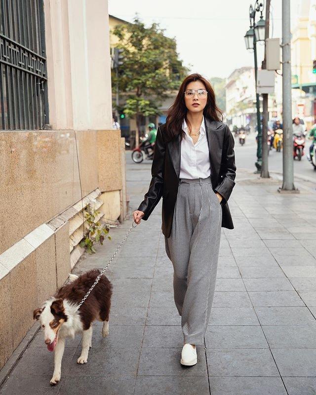 Sao Việt dắt thú cưng đi dạo: Hà Tăng như soái tỷ, Nam Em lại lộng lẫy tựa nữ hoàng-1