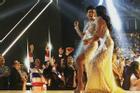 Bản tin Hoa hậu Hoàn vũ 17/2: H'Hen Niê cười như được mùa, chạy dáng 'khó đỡ' khi trượt top 3