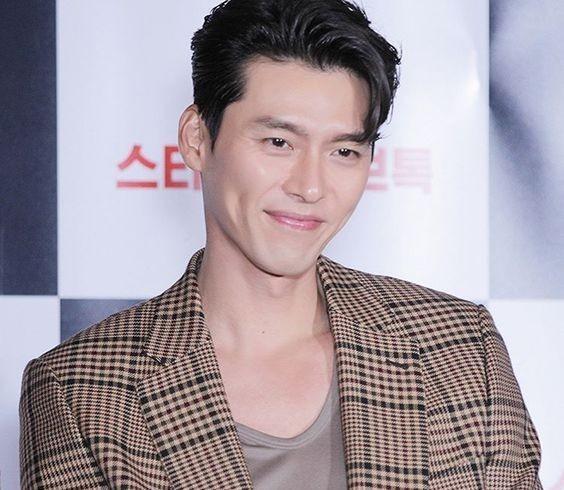 Hễ mặc vest là nam thần Hyun Bin lại đốn triệu con tim-1