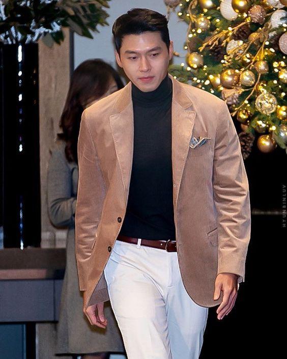 Hễ mặc vest là nam thần Hyun Bin lại đốn triệu con tim-2