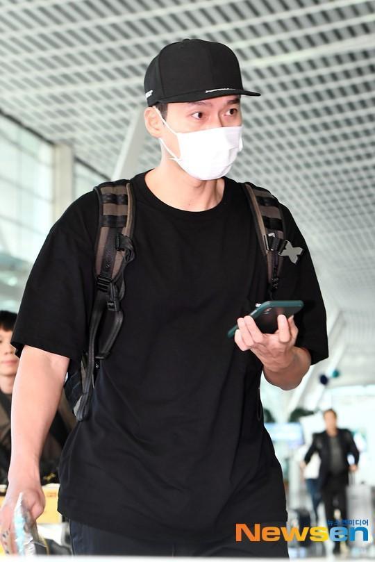 Hễ mặc vest là nam thần Hyun Bin lại đốn triệu con tim-7