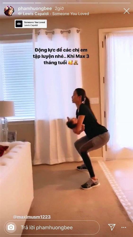 Phạm Hương vừa tập yoga giữ dáng vừa chăm con trai khiến hội chị em thán phục-7