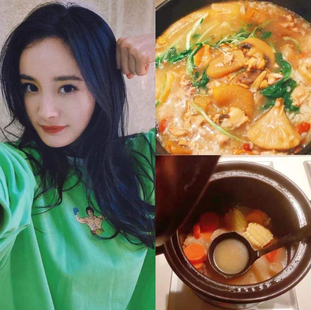 Sao Hoa ngữ trổ tài nấu ăn: Triệu Lệ Dĩnh - Trương Bá Chi siêu đỉnh, Vương Phi khiến ai nấy cạn lời-4