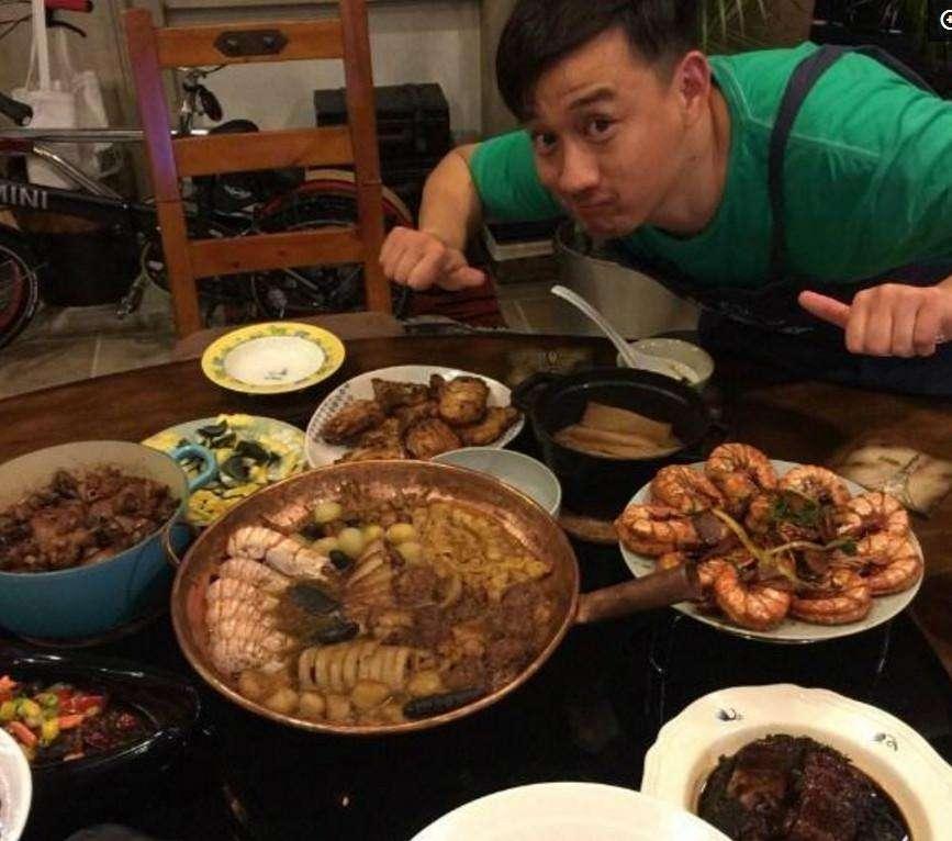 Sao Hoa ngữ trổ tài nấu ăn: Triệu Lệ Dĩnh - Trương Bá Chi siêu đỉnh, Vương Phi khiến ai nấy cạn lời-5